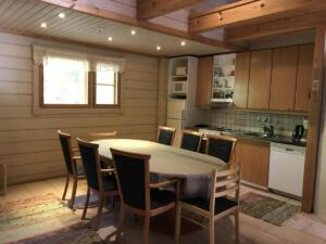 Salmenranta living room